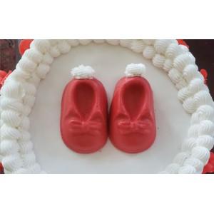 Fondant Baby Booties Cake
